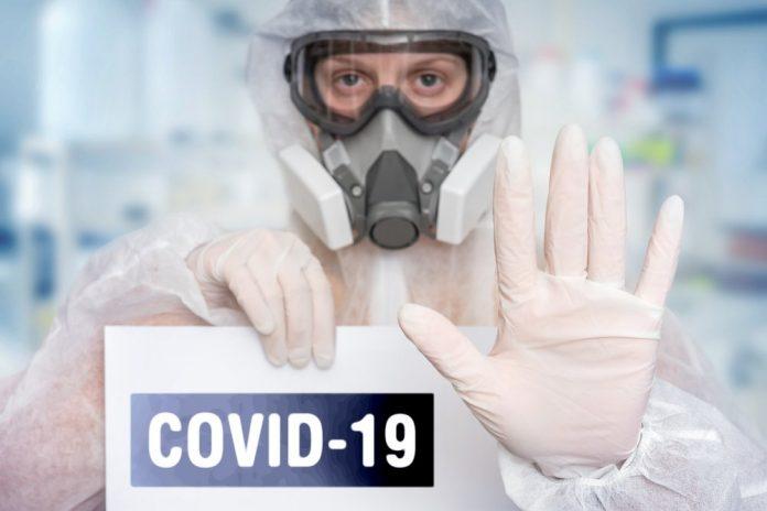Covid-19 (foto di repertorio shutterstock)