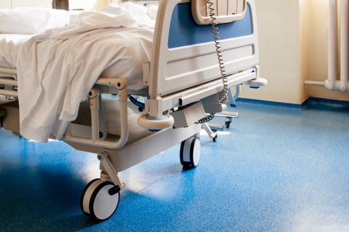 Letto di un ospedale (foto di repertorio Shutterstock.com)
