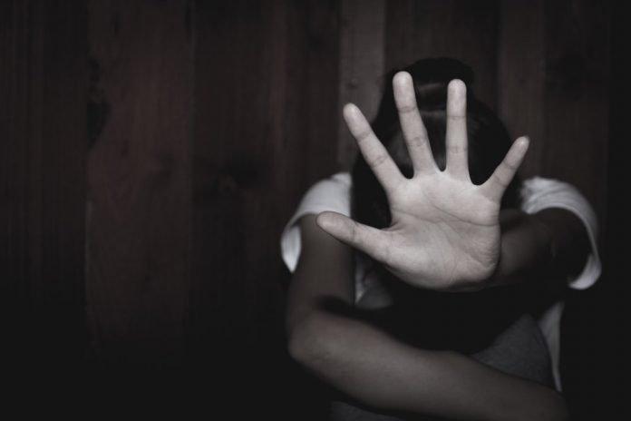 Violenza sulle donne (foto di repertorio Shutterstock.com)