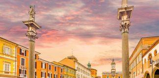 Piazza del Popolo (foto Shutterstock.com)