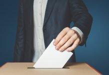 Uomo al voto