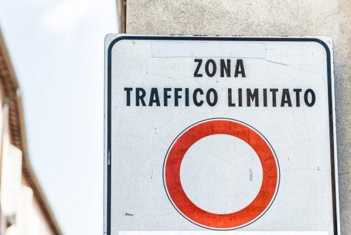 Zona traffico limitato (foto di repertorio)