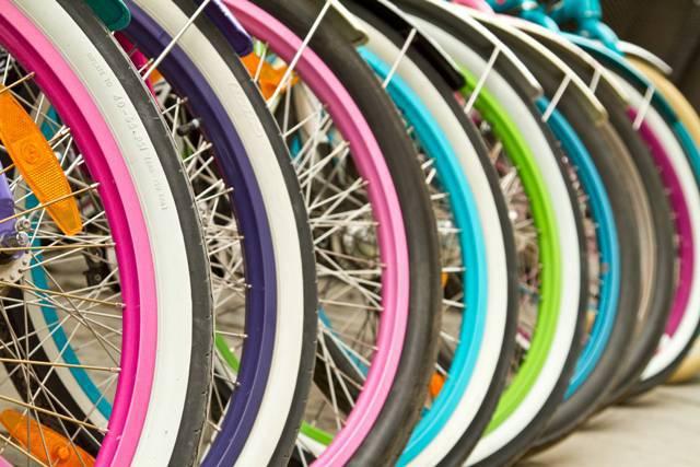 Bici (foto di repertorio shutterstock)