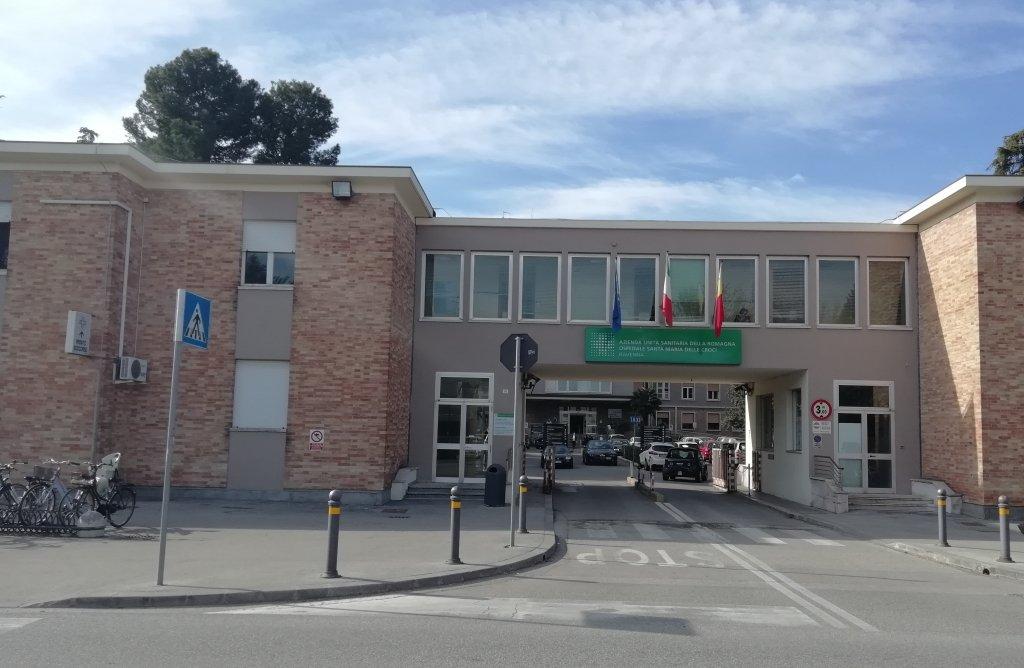 Ingresso via Missiroli ospedale Santa Maria delle Croci (foto di repertorio)