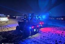 La Polizia locale durante i controlli in spiaggia