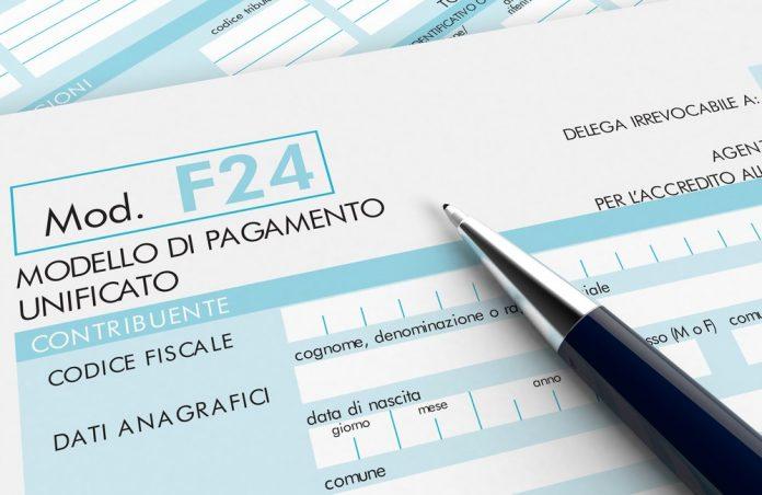 Modello F24 (foto di repertorio shutterstock)