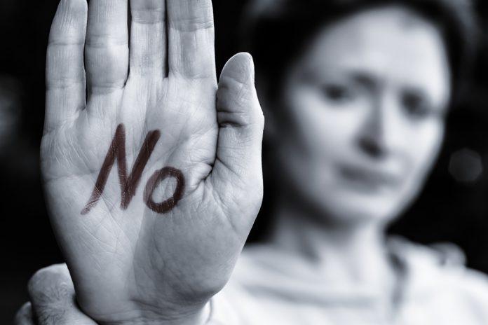 No alla violenza sulle donne (foto di repertorio)
