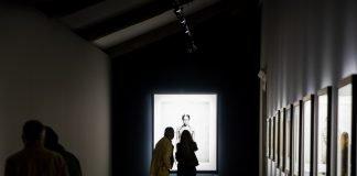 """La mostra """"Paolo Roversi - Studio Luce"""" al MAR (Foto Silvestrin&Associati)"""