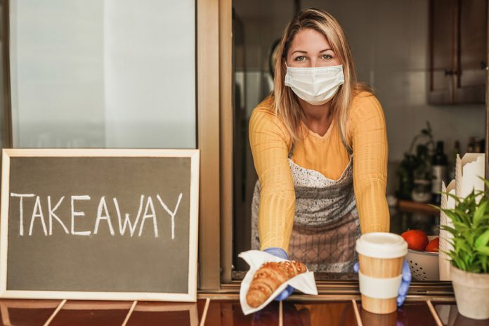 Servizio d'asporto (foto di repertorio Shutterstockc.com)