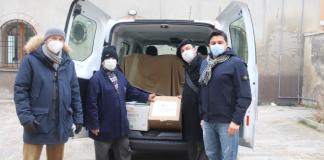 Donazione Cooperativa bagnini Cervia alla Caritas