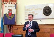 Il sindaco di Faenza e presidente dell'unione della Romagna faentina, Massimo Isola