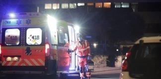 L'ambulanza sul luogo dell'aggressione