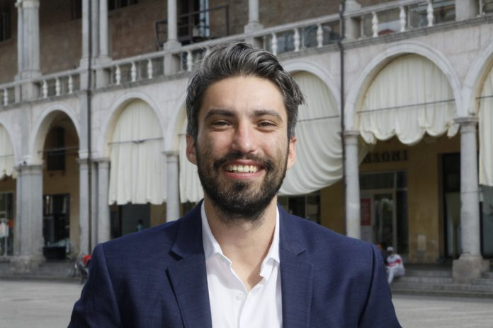 L'assessore al Welfare e alle politiche europee del Comune di Faenza, Davide Agresti