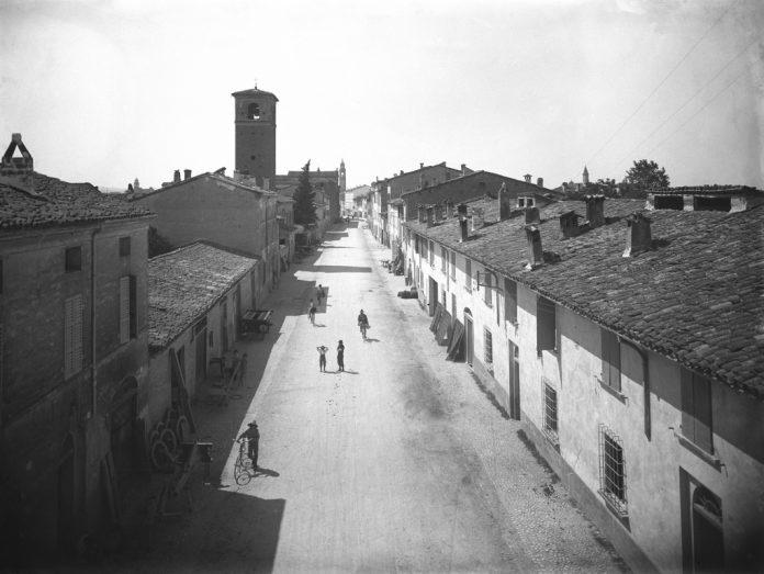 Una immagine storica di Borgo D'Urbecco